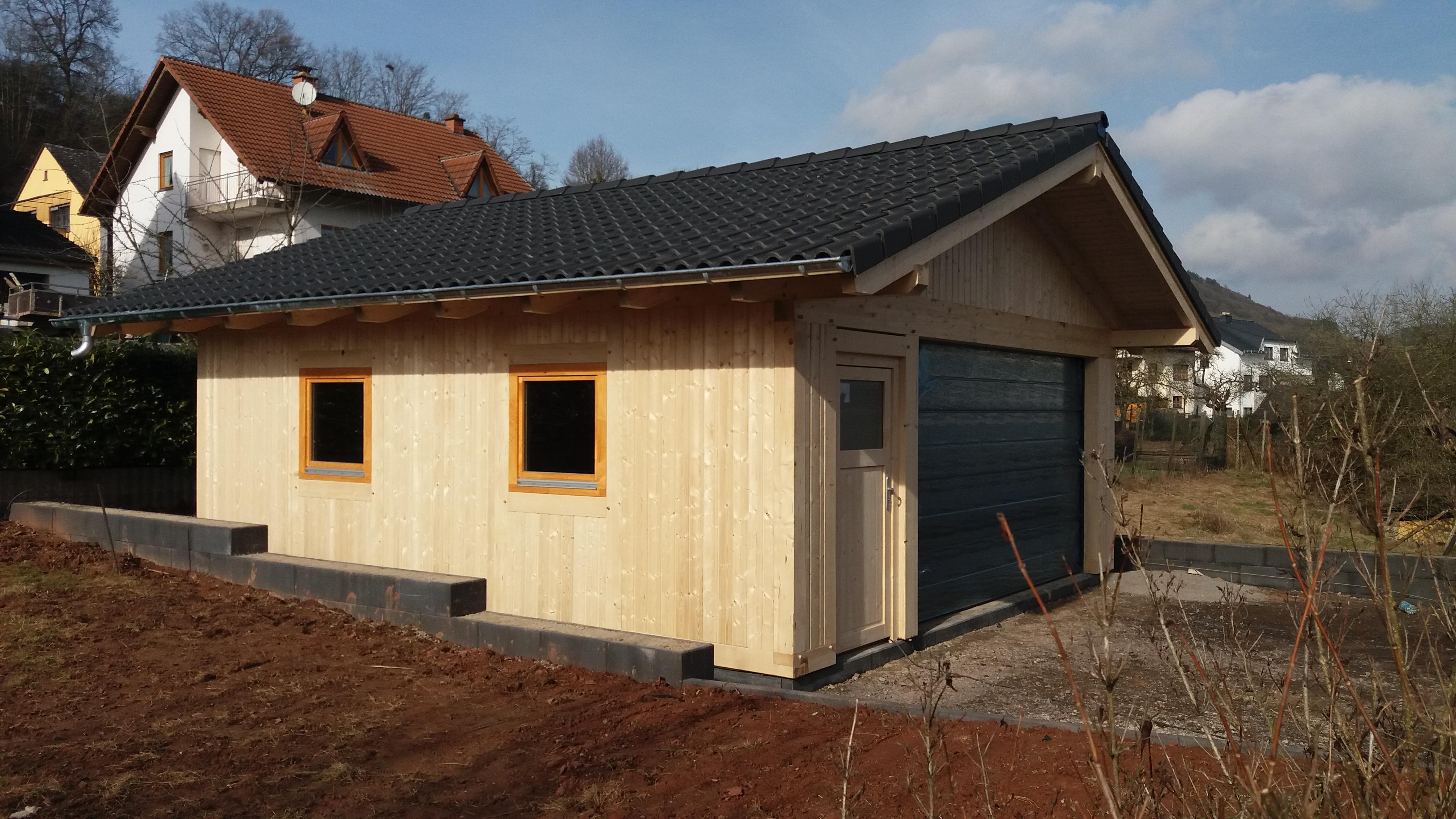 Holzgarage - Coburg