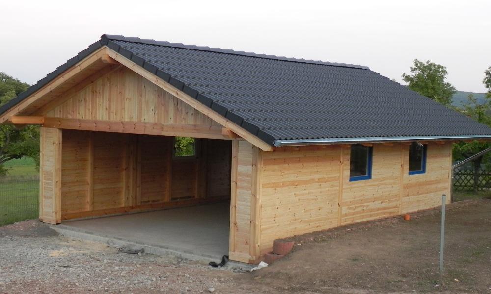 Garage mit carport satteldach  Satteldach Carport & Holzgaragen als individueller Bausatz
